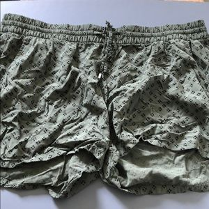 Old Navy XL Army Olive Green Comfort Shorts